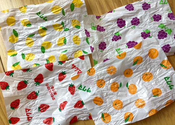 サクマ製菓 いちごみるくシリーズのキャンディの包み紙